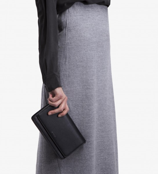 Easily styles as a clutch.