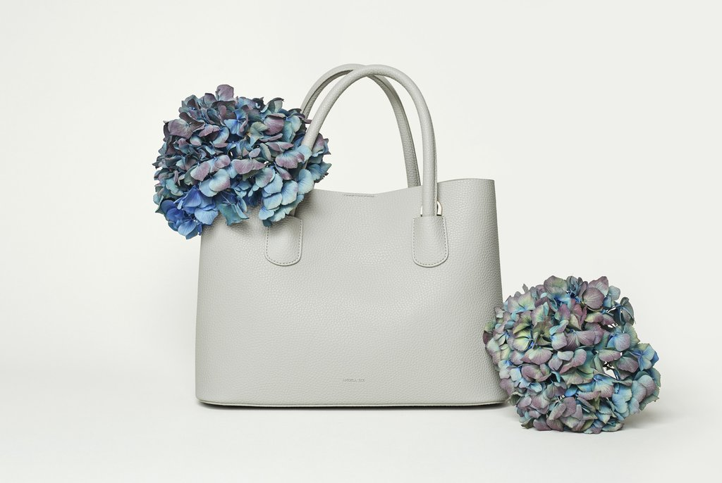 Angela Roi Cher Tote Light Gray | Mother's Day Gift Ideas | smelltheroses.com