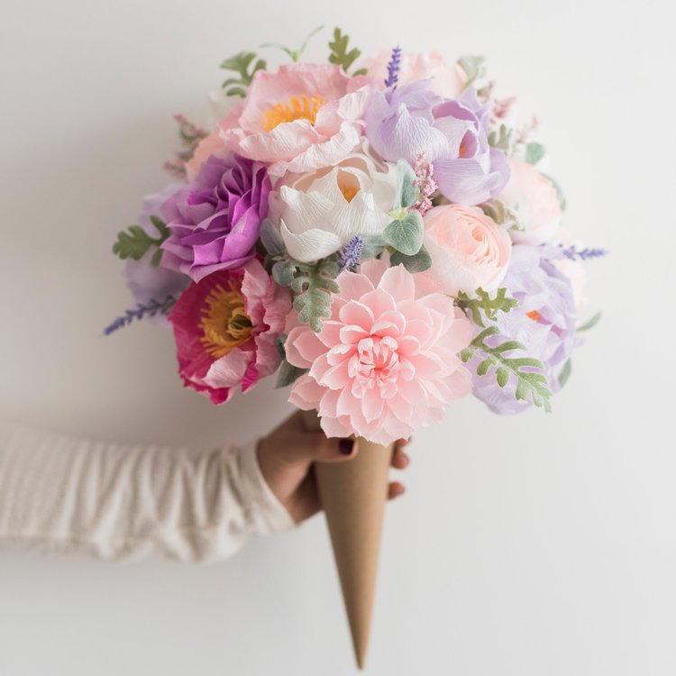 Paper Flower Bouquet | Mother's Day Gift Ideas | smelltheroses.com